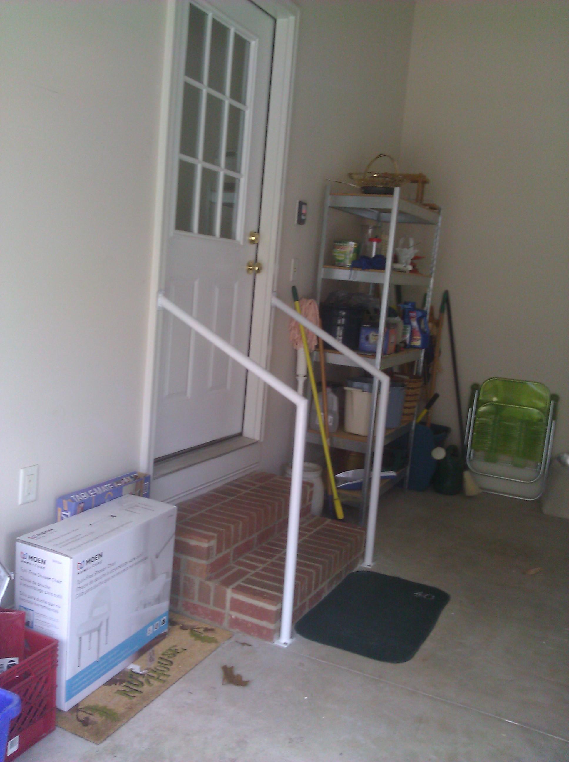 white-residential-railing-2